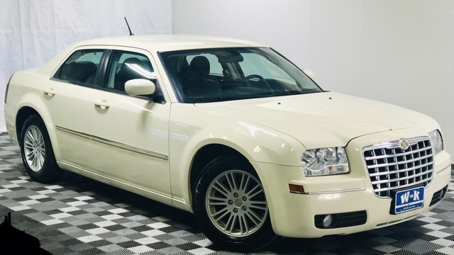 Pre-Owned 2008 Chrysler 300 Base