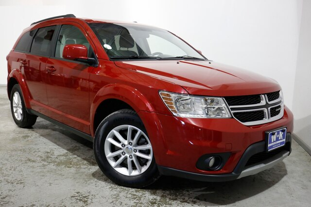 Dodge Suv 2016 >> Pre Owned 2016 Dodge Journey Sxt Fwd Suv