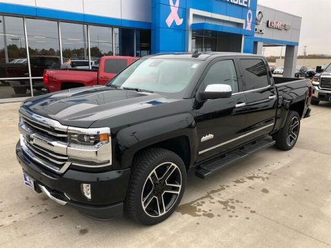Pre-Owned 2018 Chevrolet Silverado 1500 DEMO