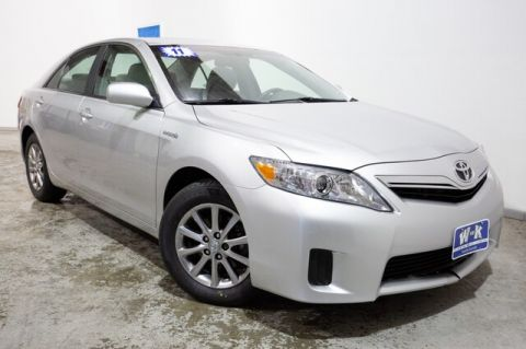 Pre-Owned 2011 Toyota Camry Hybrid