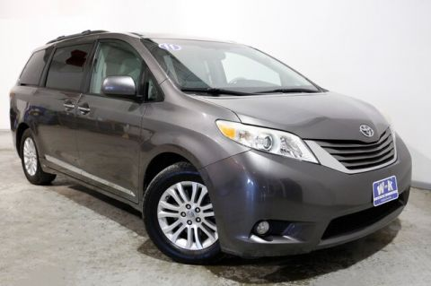 Pre-Owned 2011 Toyota Sienna XLE V6